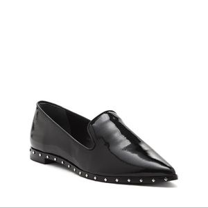 VC John Camuto Faelyn Patent Leather Loafers